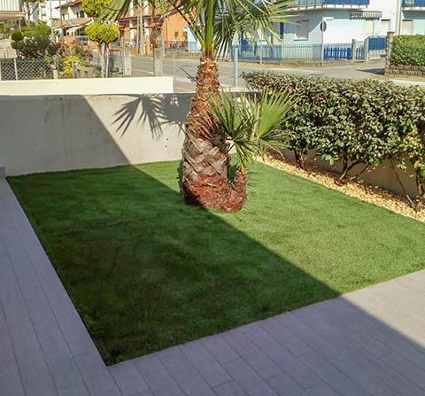 Tappeti erbosi sintetici francesco giardini - Erba artificiale per giardini ...